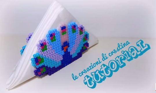 DIY Porta Tovaglioli Pavone con Hama beads/Perler/Pyssla by cr3stina Qui il tutorial: https://youtu.be/sbW4H2LjD80