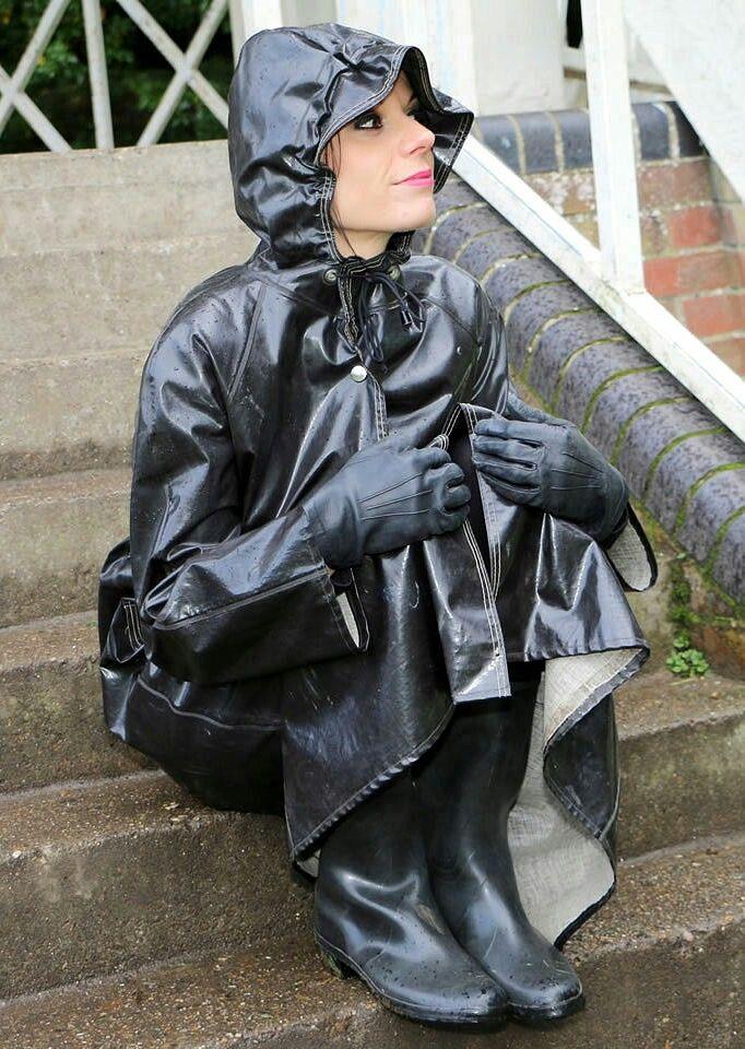 Black Raincoat ❤