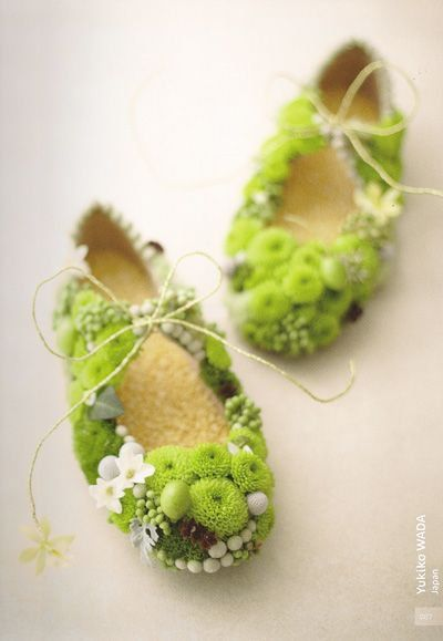 ~ flower shoes わー。 すごい!
