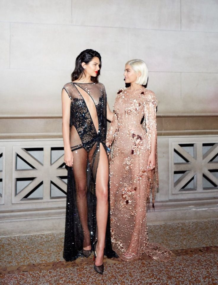 vs-aw:    Kendall Jenner and Kylie Jenner attend the 2017 MET Gala at The Metropolitan Museum of Art in New York May 1 2017