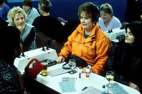 Still of Kathy Burke and Shirley Henderson in Keskimaan cowboyt (2002)