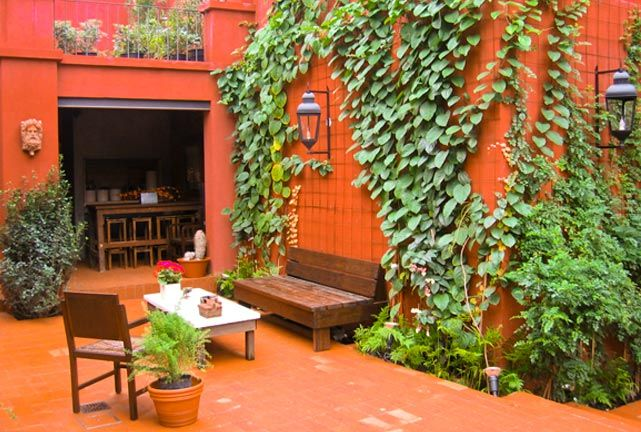 Jardin Escondido, Buenos Aires, Argentina        (a Francis Ford Coppola hotel)
