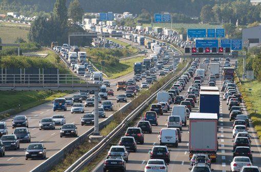 Die Stuttgarter Autobahnabschnitte sollen ausgebaut werden. Foto: dpa