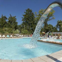 La Pinède camping familial 3 étoiles avec piscine chauffée & balnéo