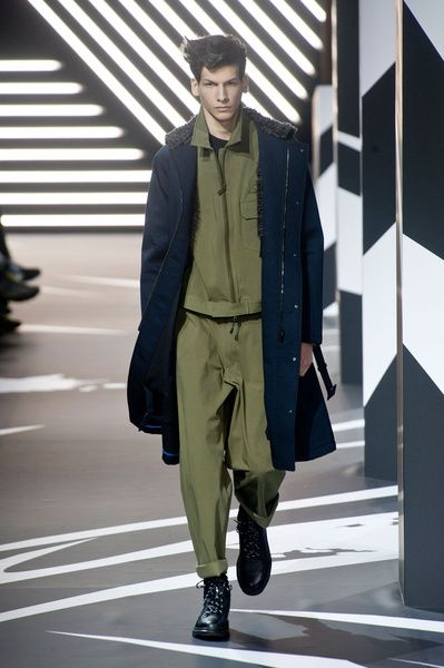 Mode à Paris FW 2014/15 – Y-3 See all the catwalk on: http://www.bookmoda.com/sfilate/mode-a-paris-fw-201415-y-3/ #paris #fall #winter #catwalk #menfashion #man #fashion #style #look #collection #modeaparis #y3 @Y-3