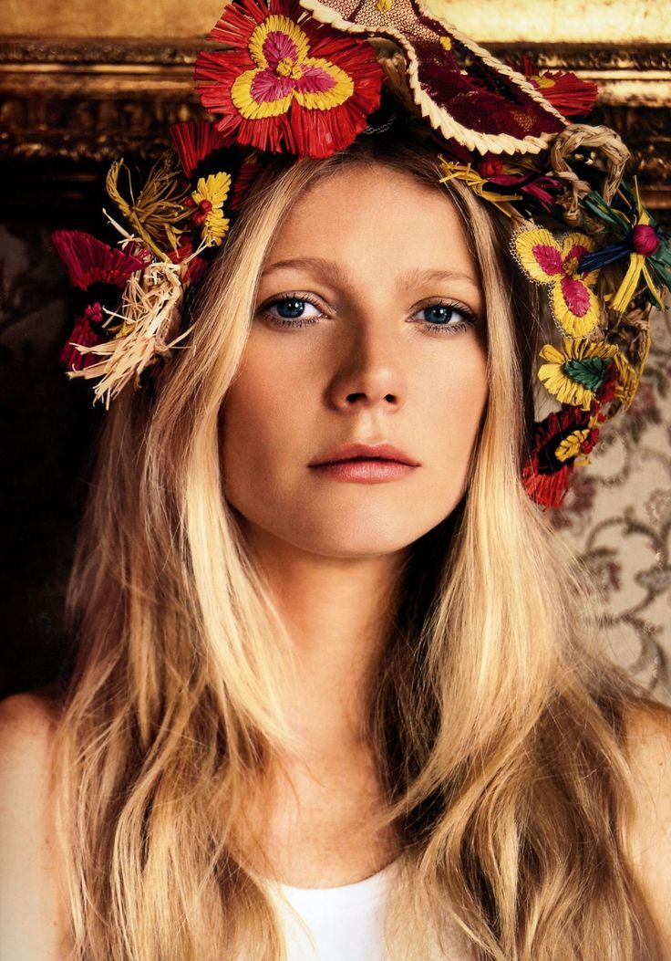 Gwyneth Paltrow flowers crown photographed by Mario Testino for the cover Vogue