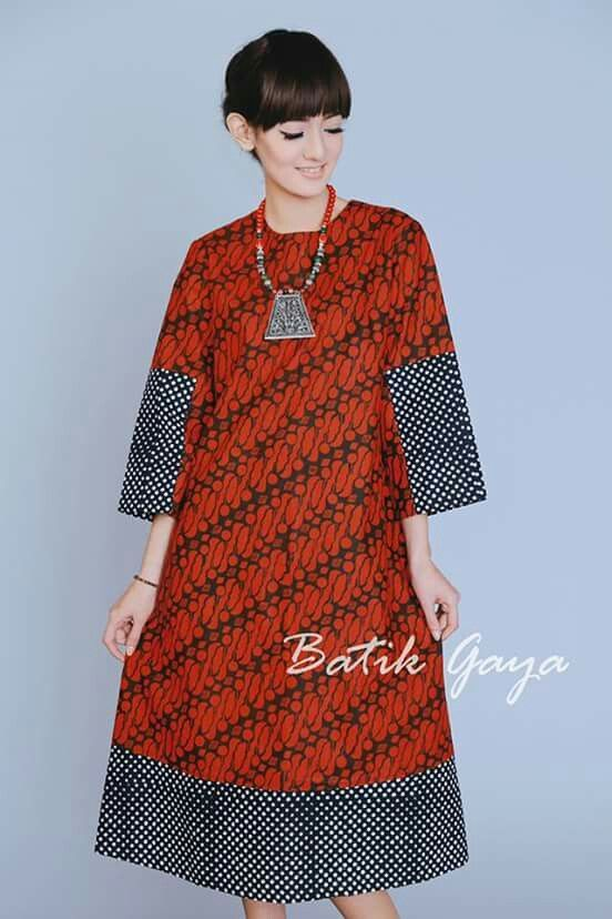 Tampilan Model Dress Motif Batik Casual