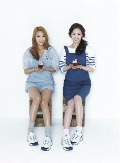 skechers d'lite korea | SISTAR members Bora and Dasom in Skechers D'lites Ad Campaign