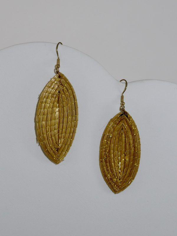 Capim Dourado (Golden Grass) Leaf Earrings #goldengrass #brazil #sustainablefashion #jewelry #ecofriendly #handmade #handmadejewelry #brazilian #handcrafted #earrings