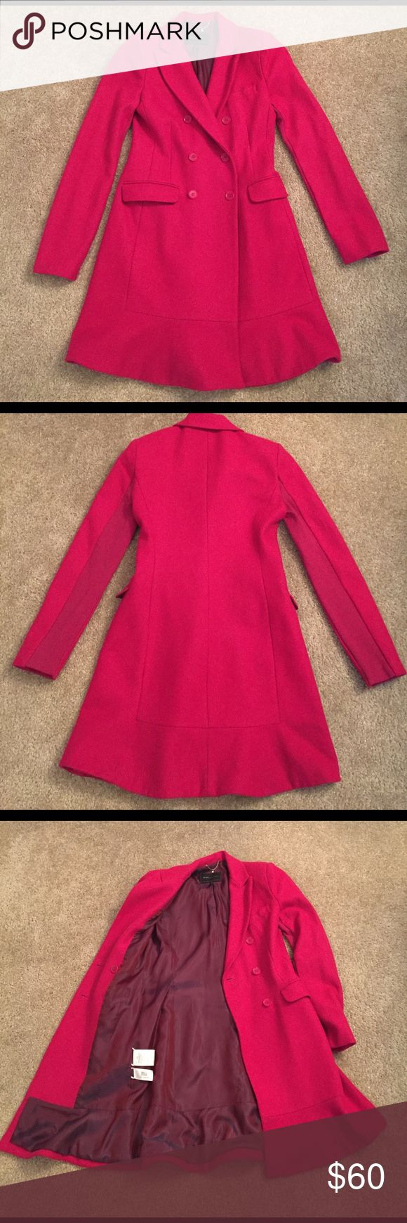 BCBGMaxAzria Pink Fuchsia Wool Pea Coat, XS, Cute! BCBGMAXAZRIA Pink Pea Coat for sale! Size XS. Great condition. 60% wool, 35% viscose, 5% cashmere. Lining is 50% polyester and 45% viscose. there are some small marks on the coat, but would easily come off when dry cleaned. (Coat is dry clean only.) it is fully lined and has a gorgeous, vintage flare to the bottom. It is heavy and warm, perfect for the fall or winter. Super adorable and comfortable coat, look fashionable while also staying…