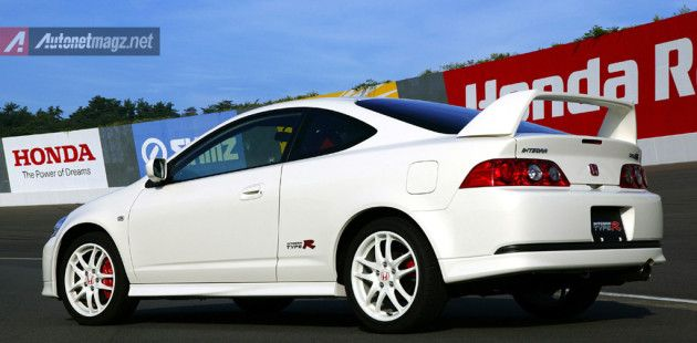 Honda-Integra-Type-R ~ http://autonetmagz.net/7-legendary-japanese-sports-car-that-we-look-forward-for-its-successor/7649/