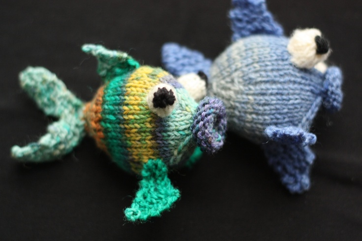 KNITTING PATTERN You will not need to be an expert to knit this cutie: Techni...