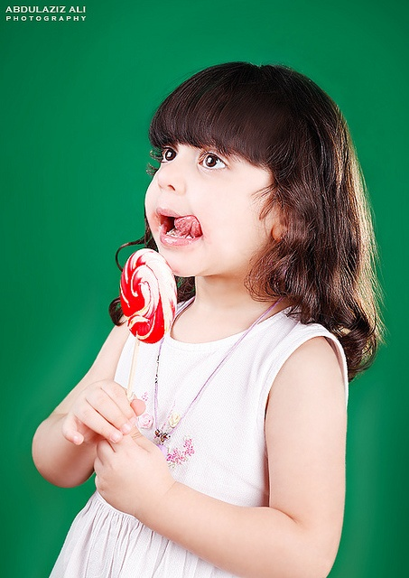 ~ A yummy sweet lollypop just for you cute one. *;    Taken with a Canon 5D Mark II, 85mm f1.8 USM, Indoor studio lightning ( 2 softboxes. 1 back light ).    Masha'Allah Please / ماشاء الله لو سمحتوا    *I don't allow copying, publishing or republishing my . Best Food!!!