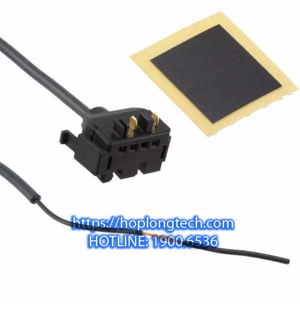 1PC New Omron sensor switch E3X-HD11 2M