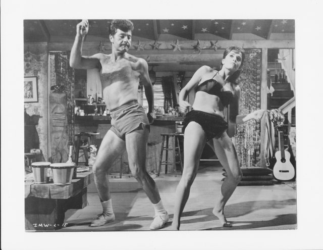 Its a Mad, Mad, Mad, Mad, Mad World  - funniest movie ever