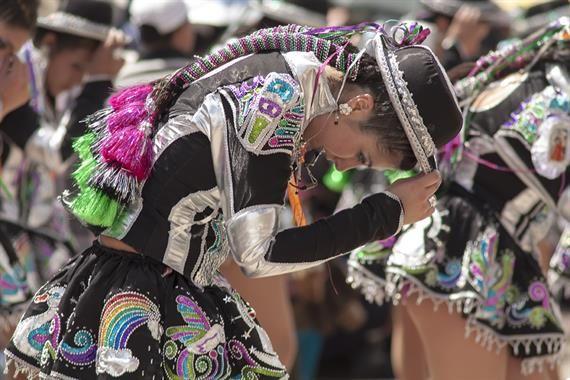 Acabo de compartir la foto de Ronald Alex Espinoza Marón que representa a: Chicas Caporales (saya)