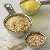 Фотография зерна в мерные ложки