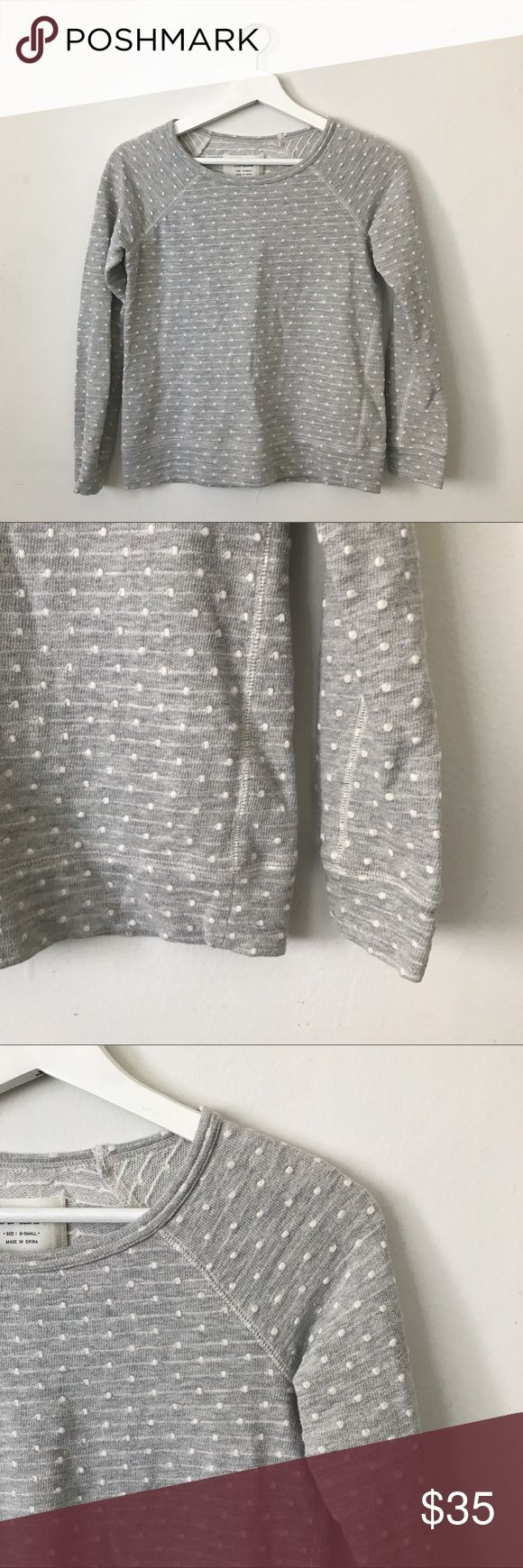 """MADEWELL Hi-Line Pullover Long Sleeve Sweater All-over grey polka dot pullover sweater by Hi Line for Madewell. Long sleeves. Textured polka dots. Has a lightweight sweatshirt feel. Size X-Small. Armpit to armpit = 16"""", Overall top to bottom = 21"""". Cozy & perfect for fall! In excellent, pre-worn condition. Madewell Sweaters Crew & Scoop Necks"""