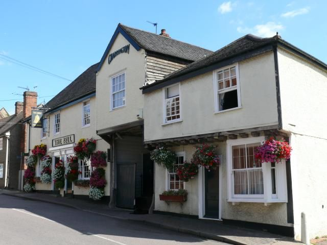 The 15th century Bell Inn was built during Horndon's prosperous wool trading era, to accommodate the many travelling pilgrims, wool merchant...