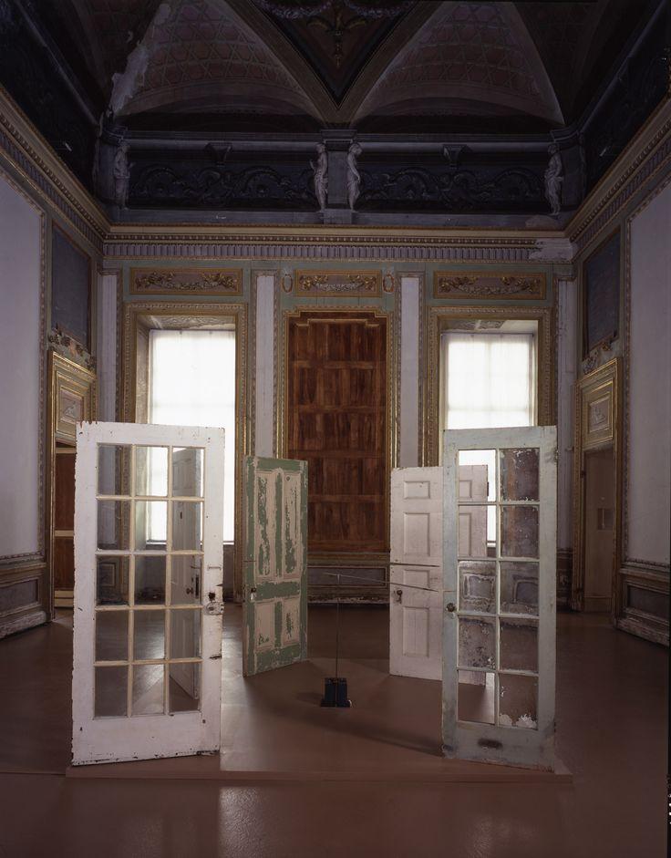 Horn R_Cutting Through the Past, 1992-93, castello di Rivoli, Torino