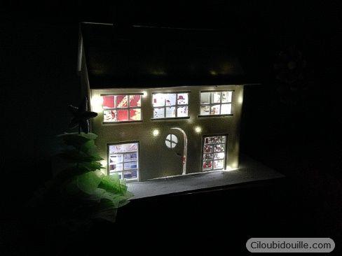 Calendrier de l'avent maison lumineuse | Ciloubidouille