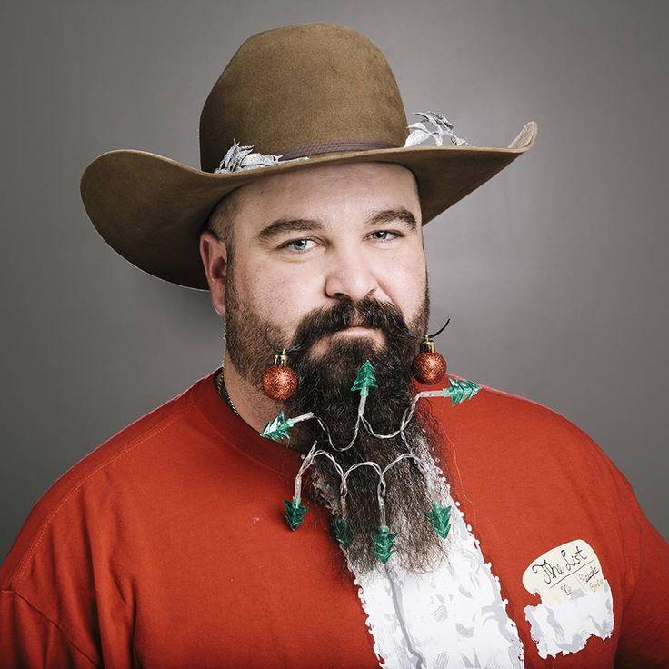 12 beards of Christmas: Cowboy xmas lights