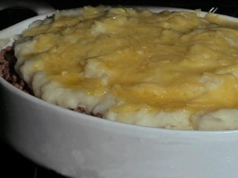 Receita de torta de carne com batata