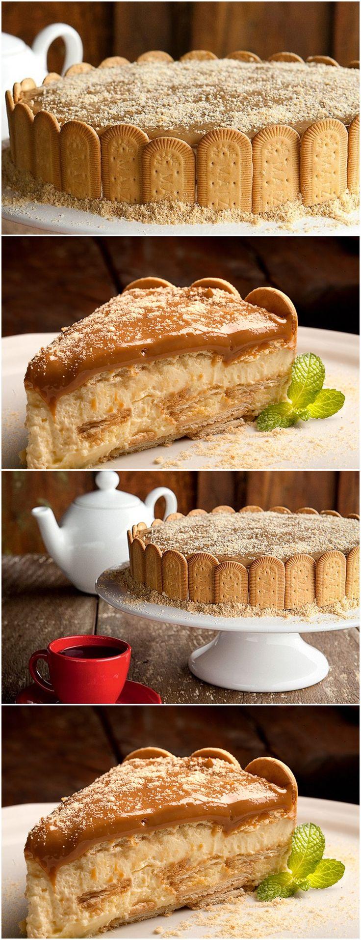 Diferente Porem Muito bom O Charlotte de Doce de Leite; Veja Aqui >>> Bata o açúcar com as gemas e a manteiga. Acrescente o creme de leite e bata até que se obtenha um creme liso e homogêneo. Reserve.   #receita#bolo#torta#doce#sobremesa#aniversario#pudim#mousse#pave#Cheesecake#chocolate#confeitaria
