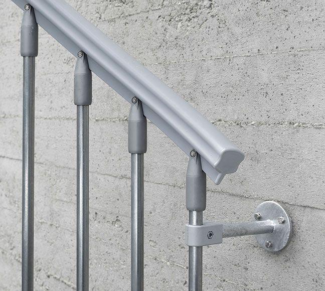 Resultado de imagen para remates de barandas metalicas en gradas