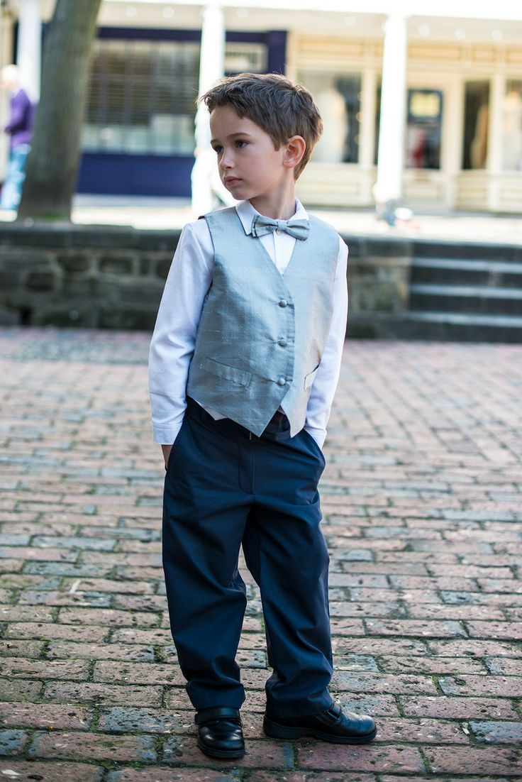 Joseph Trousers #tousers #pageboy #specialoccasion #cotton http://www.suehillchildrenswear.com/flower-girls-holy-communion-page-boys/page-boy-outfits.html