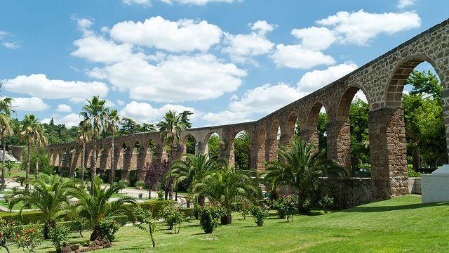 El acueducto de Plasencia, Extremadura, España www.desconecta-tviajes.com