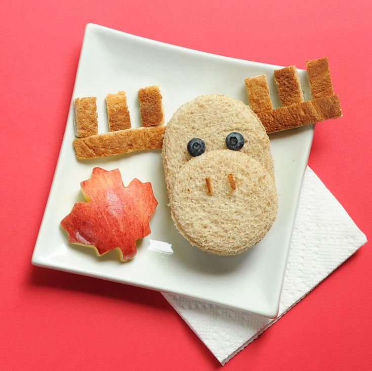 Bread Moose and Apple Maple Leaf.