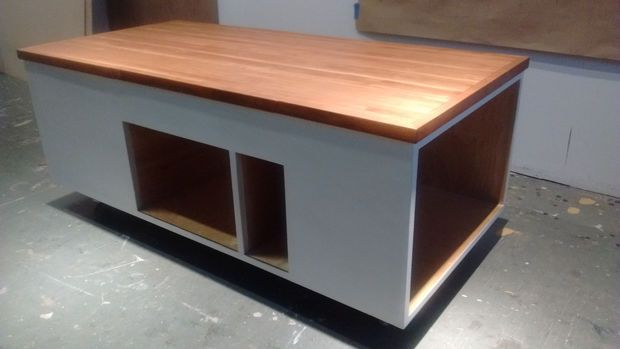 Coffee Table W Raising Top Compartment Raising Coffee And Coffee Tables