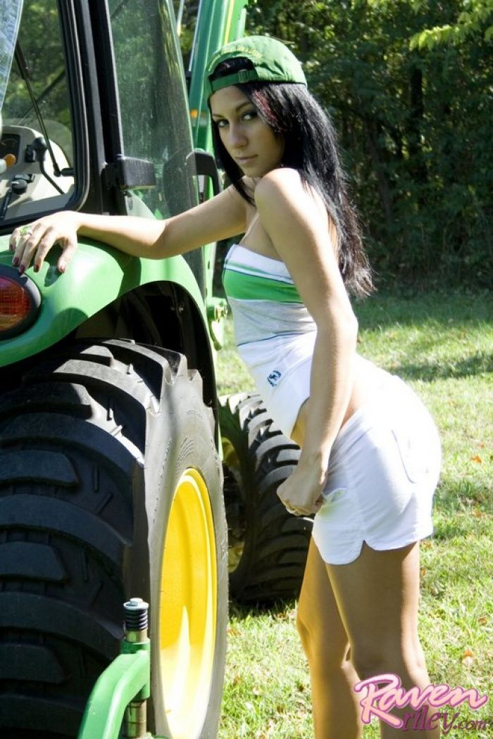 99 Best Girls With Tractors Images On Pinterest -5189