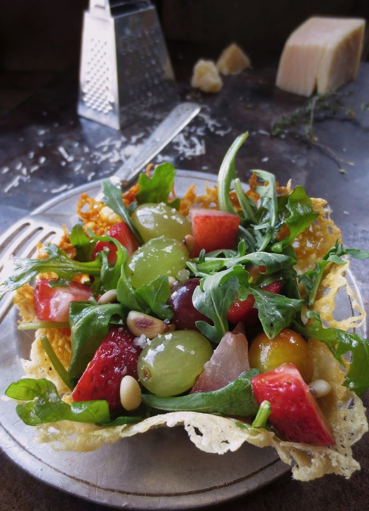 """The Brooklyn Ragazza: """"LEGENDS from EUROPE"""" Mixed Fruit & Arugula Salad in Parmigiano Reggiano Frico Baskets"""
