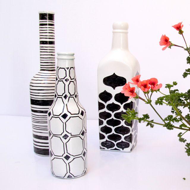 Ideias do que podemos fazer com as garrafas de vidro.                                                                                                                                                                                 Mais