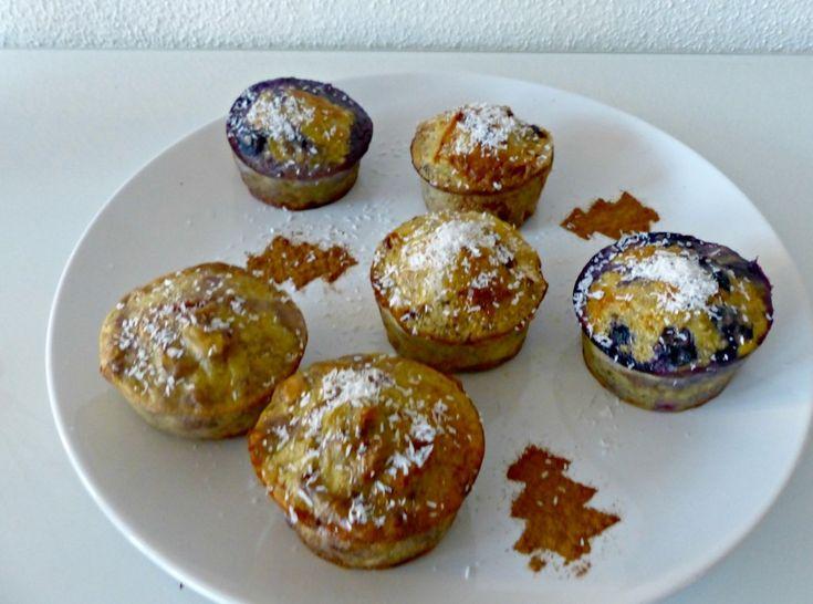Afgelopen donderdag plaatste ik een recept voor hartige ei muffins, vandaag is de zoete variant aan de beurt! Het is altijd een uitdaging om lekkere zoete snacks te maken, die ook nog eens gezond zijn. Met deze muffins gaat je dat zeker lukken! Ze zijn heerlijk bij het ontbijt of bij de lunch, maar ook …