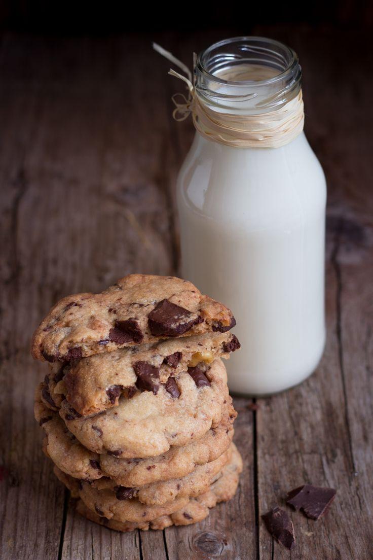 Che cruccio questi cookies.  La loro storia l'ho già spiegata qui . Oggi vi esporrò invece il mio pensiero sui cookies. Il Mo...