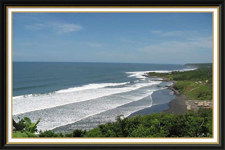 Photo of the day: Playa Las Flores, San Miguel, El Salvador