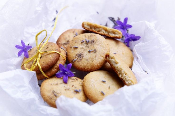 Vegánske bezlepkové mandľové sušienky