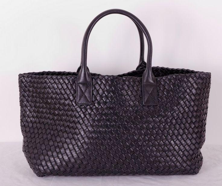 Кожаная сумка Bottega Veneta (боттега венета) cabat, черная