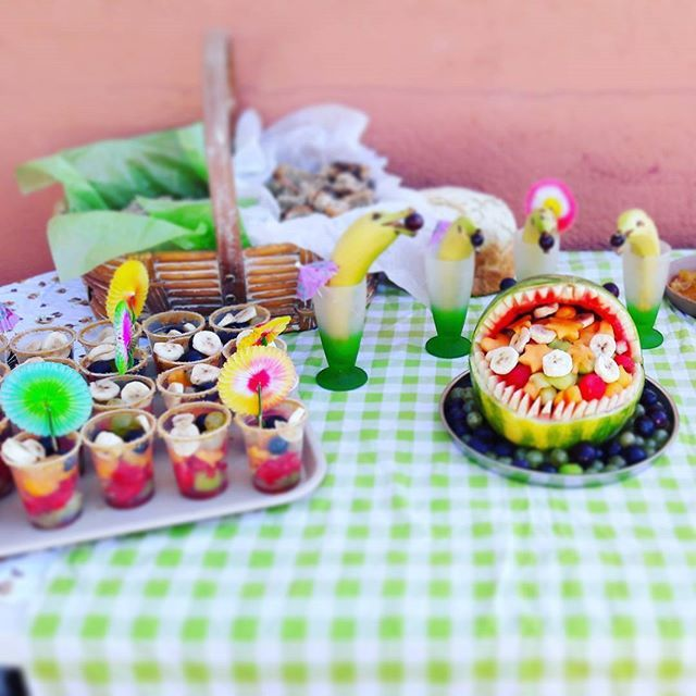 Création d'un goûter spectaculaire avec les enfants du centre de loisirs.💪 🍉🍋🍇🌊#fruits #gouter #pasteque #kids #watermelon #shark #requin #dauphin #cuisine #sculpture #party #fun #picoftheday #artoftheday #holiday #summer #miam