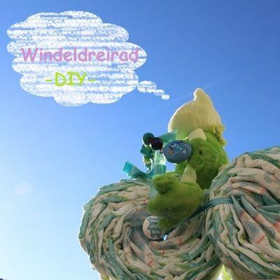 the purple frog: windeldreirad | geschenk zur geburt | diaper bike | diaper cake diy