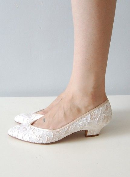 lace kitten heels... I'm not putting this in my shoe board because it is to go with the dress...