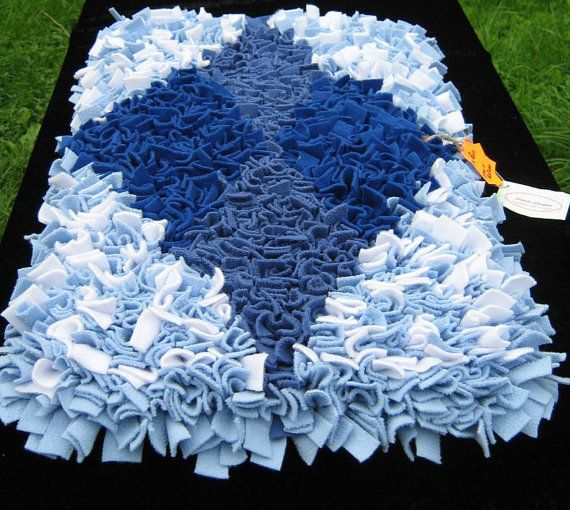Traditional Rag Rug 100 fleece on jute backing by Heartsdesigns, $85.00