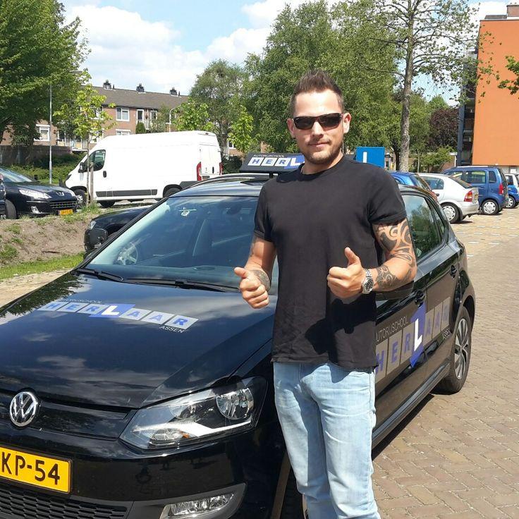 Remon is geslaagd voor zijn #rijbewijs en #faalangst #rijexamen in #Assen www.autorijschool-herlaar.nl