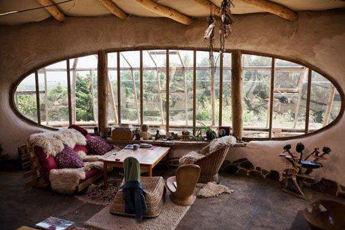Le case degli hobbit sono realizzate con materiali che sono completamente ecosostenibili. Ma esistono anche nella realtà case così?