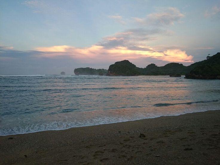 Pantai Gatra, Malang Selatan