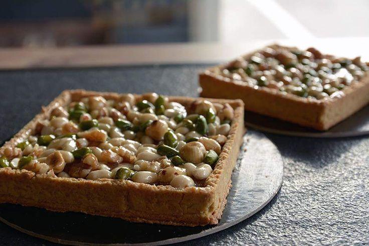 Croccante frolla 100% farina intergrale macinata a pietra confettura di albicocche 160% arachidi, nocciole, noci e pistacchi... ecco a voi la mia BOSCO