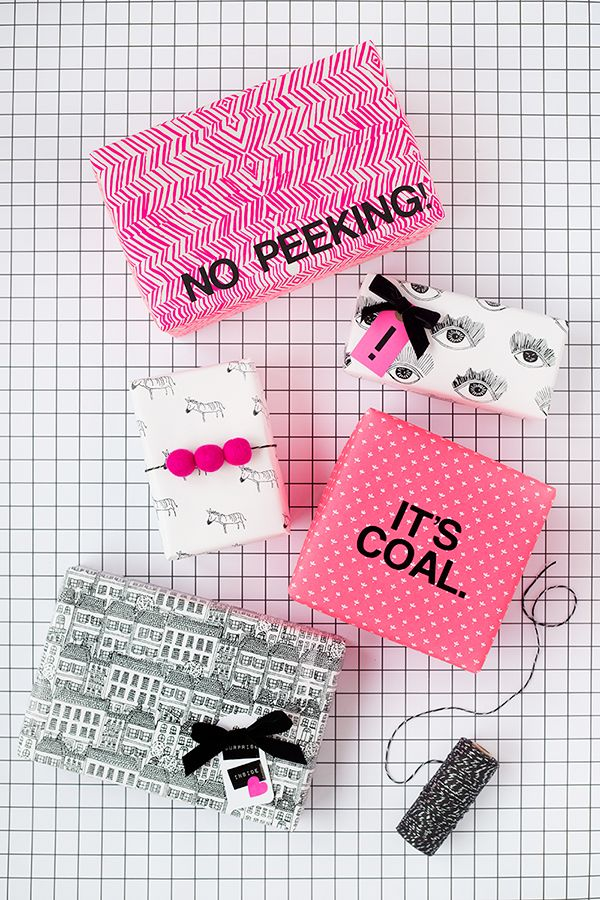 fun holiday gift wrap ideas // this is so cheeky and cute!